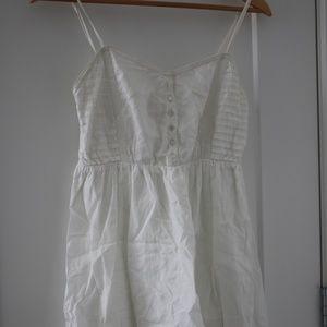 Billabong white dress Medium